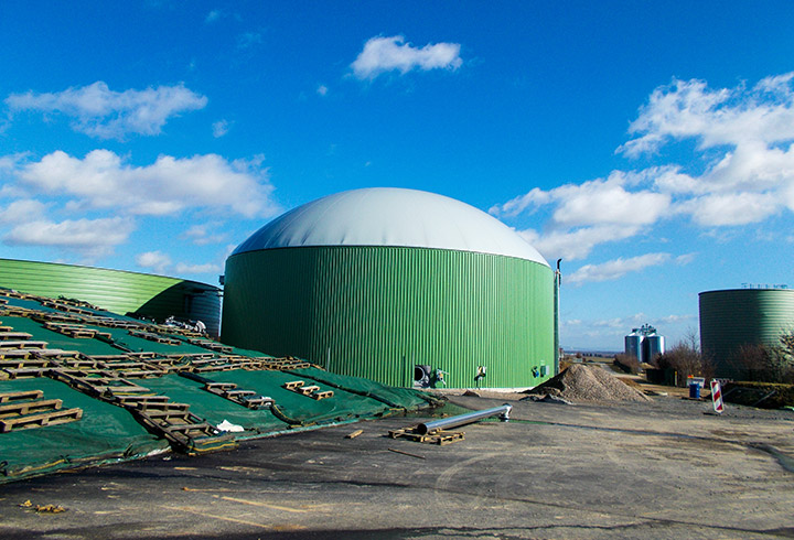 Eco Digester with a flexible choice of container covers