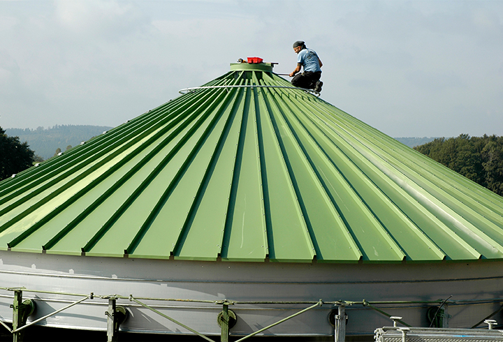 Segment roof as an example of a container roof